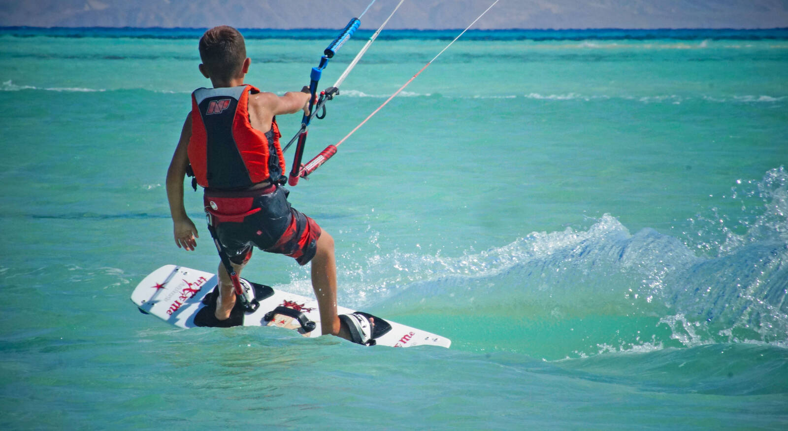Osmosis Kiteboarding: Kite Kids